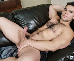 Men.com Aspen rams Jack Hunter