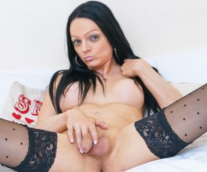 UK-TGirls Ms. Bradbury Returns!