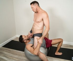 Men.com Shane Jackson rides Pierce Paris