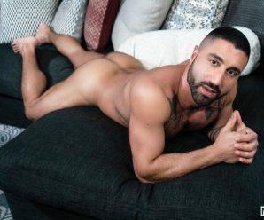 Men.com Sharok pounds Zak Bishop